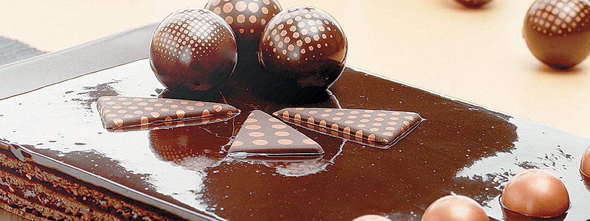 D corations en chocolat personnalisables pour les for Decoration en chocolat